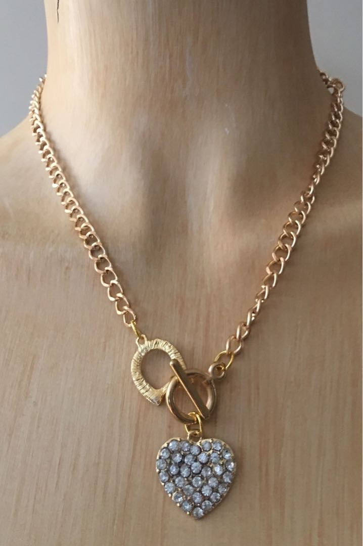 9k gold plated heart necklace