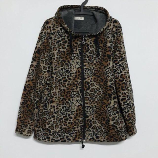 豹紋刷毛加厚外套✨