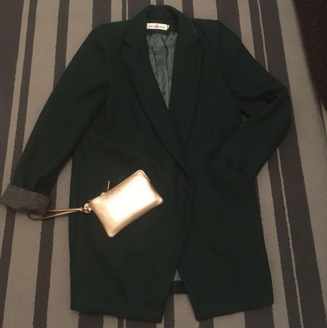 綠色大衣外套