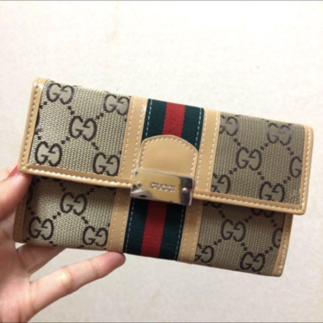 全新 Gucci經典款扣式皮夾 中夾 復古款 美國購入正品✨