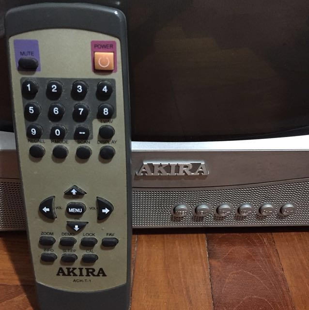 Akira CRT( 14 inch)- (working condition)