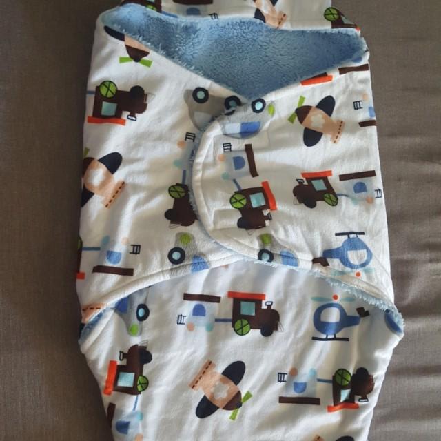 Baby swaddle soft plush sleepung bag