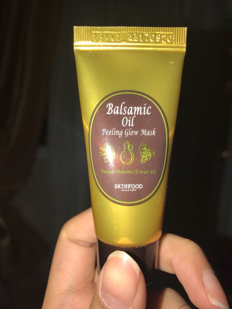 Balsamic Oil Peeling Glow Mask Mini Size