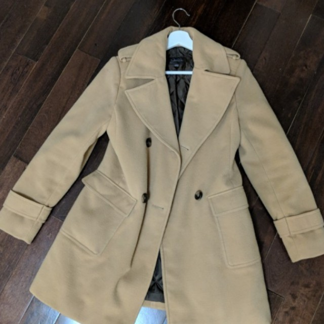 REDUCED Camel Coat - Small/Medium