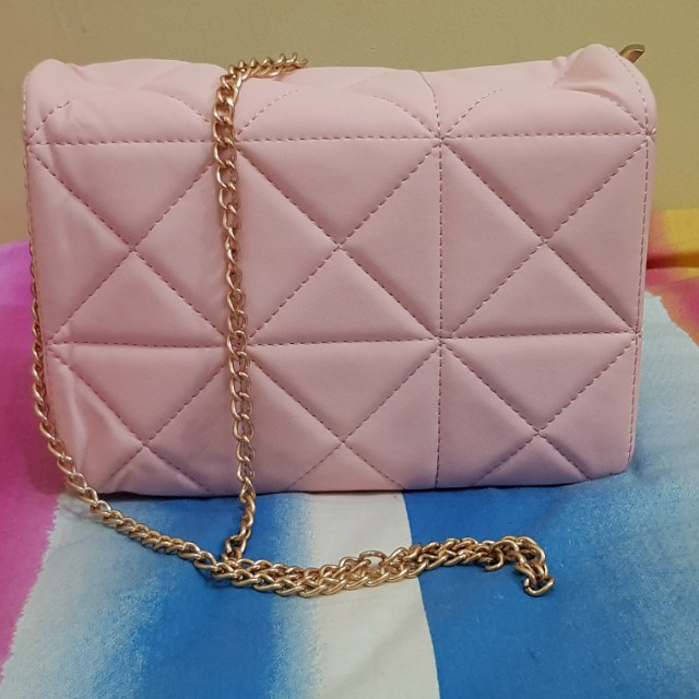 Chain Pink Shoulder Bag