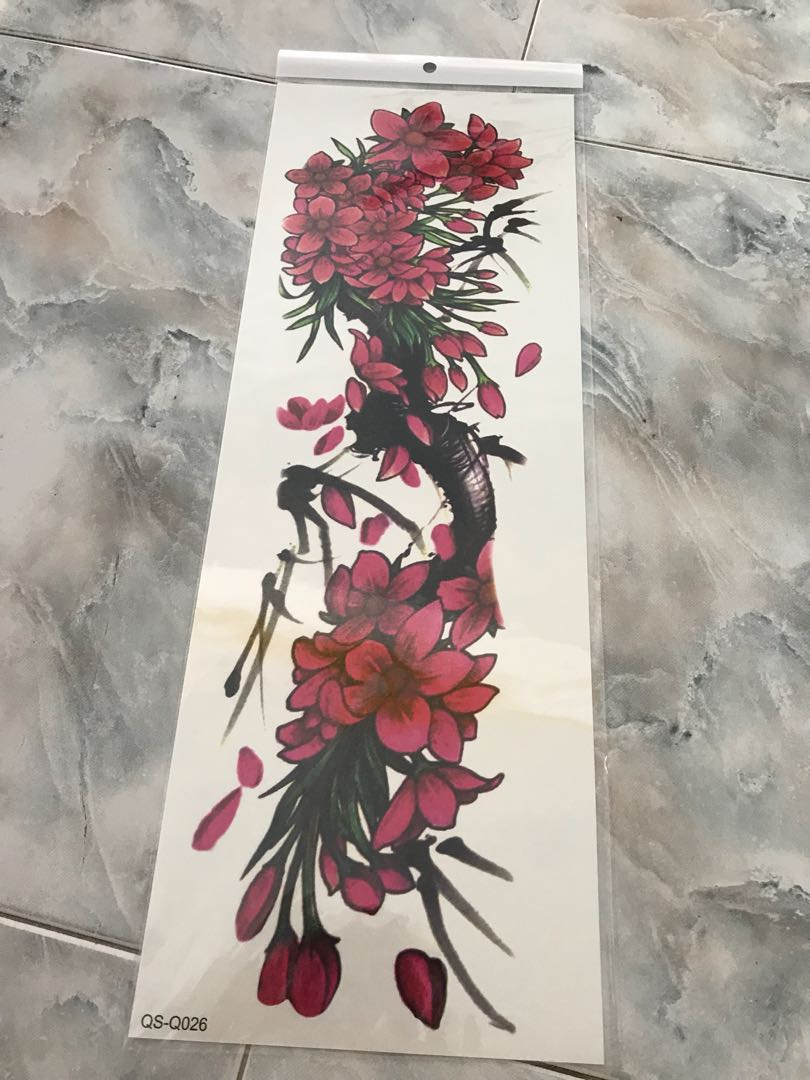 Code9 1pc New 4817cm Full Flower Arm Tattoo Sticker 40models Fish Peacock Lotus Temporary Body Paint Water Transfer Fake Tatoo Sleeve Code1