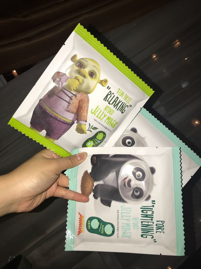 Dream Works Mask: Shrek and Kungfu Panda edition
