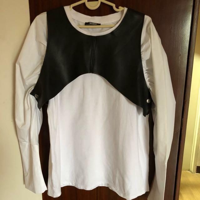 Final Price ZARA Trafaluc White with Black mid Vest Top