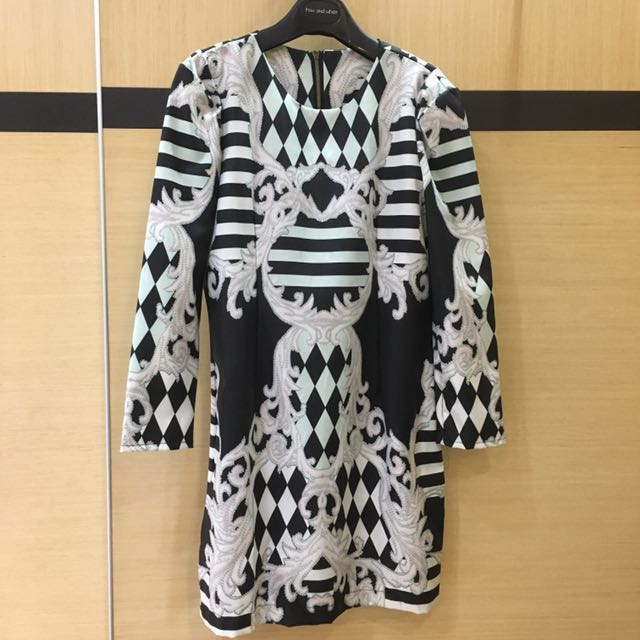 GIVENCHY 復古圖騰洋裝