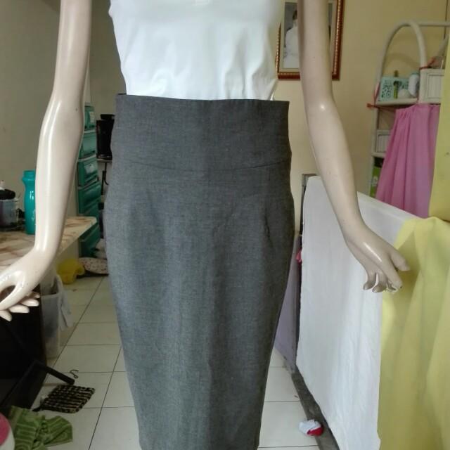Gray formal skirt