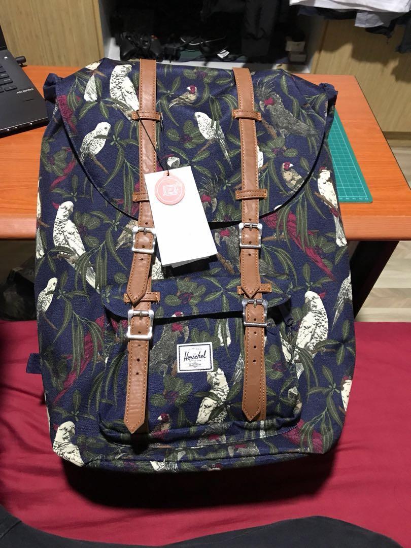 fceb19a2535 Herschel Little America Bird Design Bag