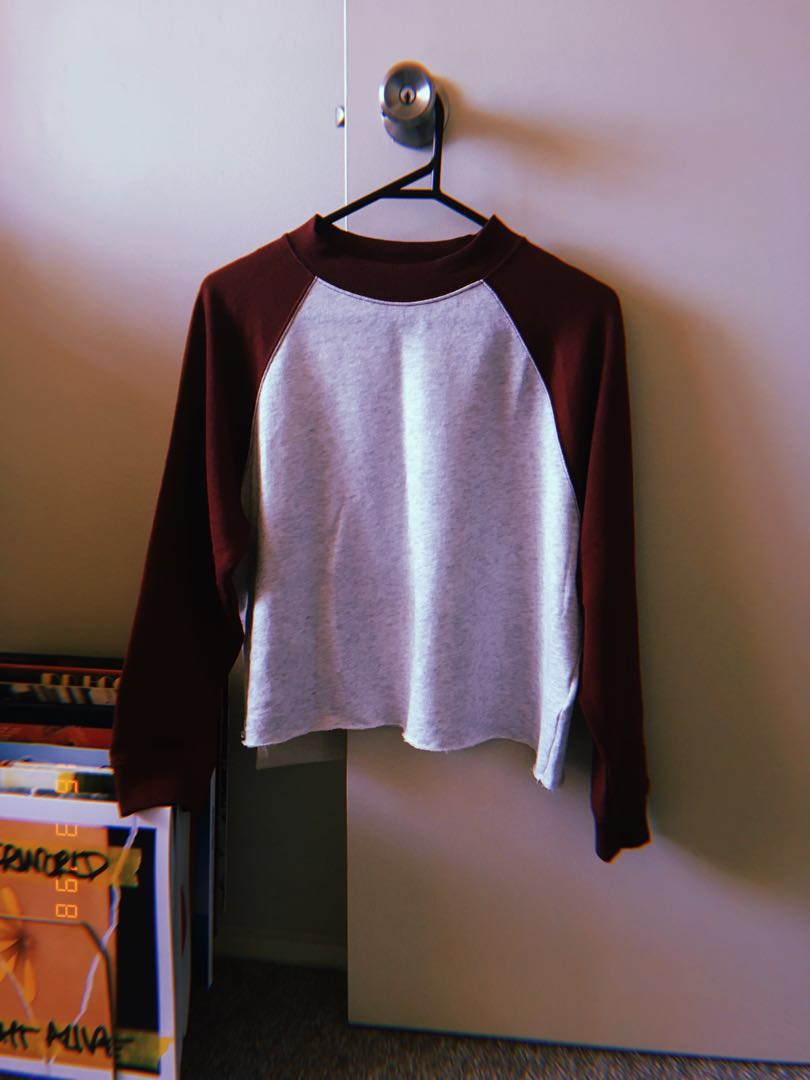 h&m maroon cropped sporty ringer jumper