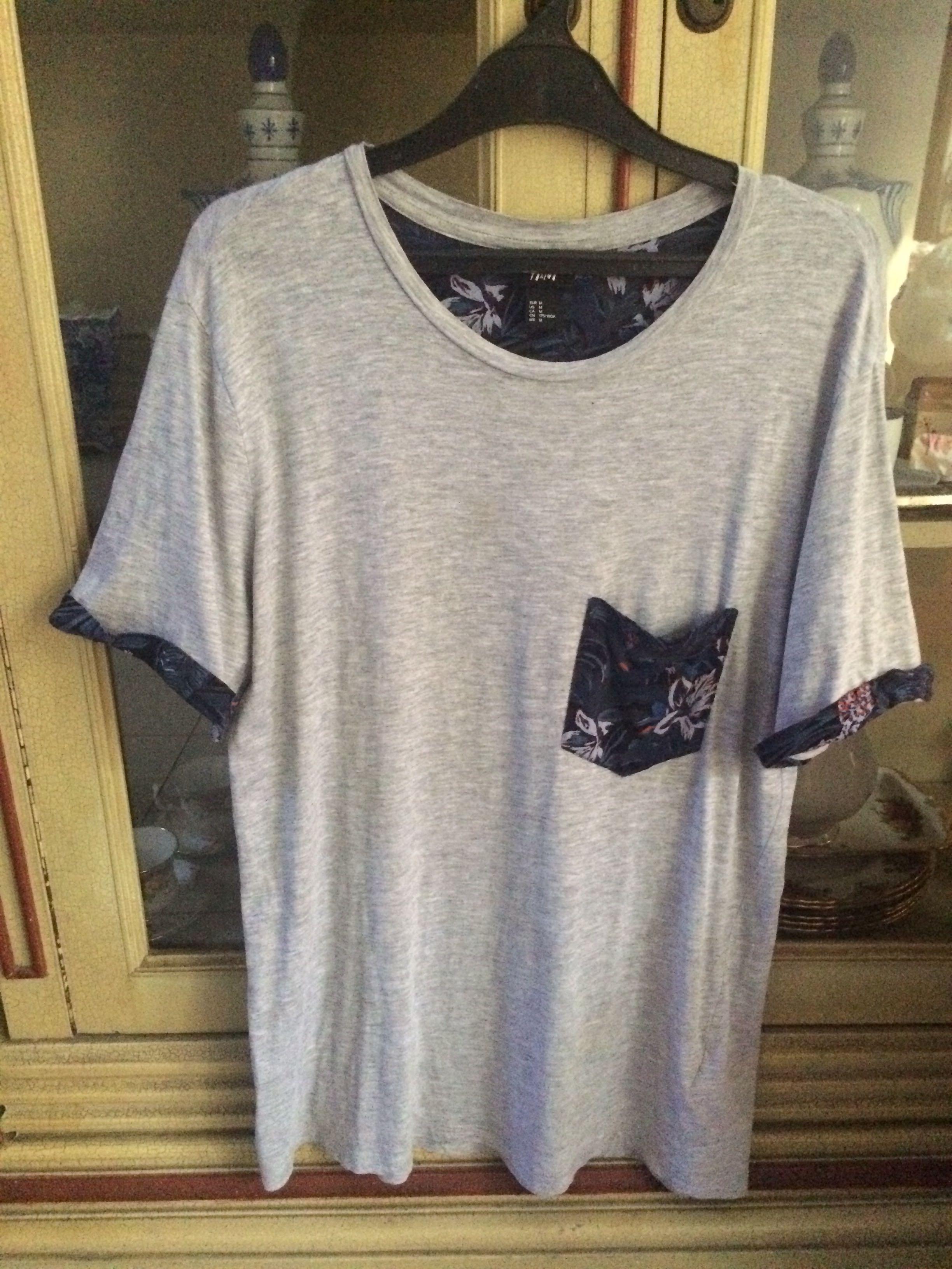 H&M Summer Tshirt