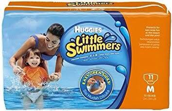 Huggies little swimmers size M