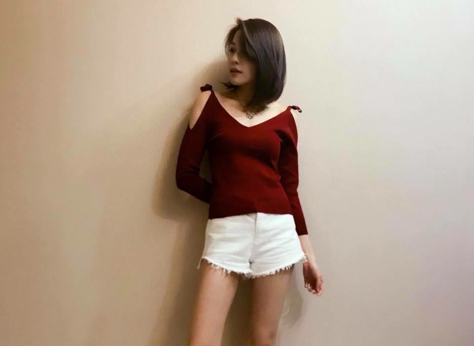 Maroon Knitted Top