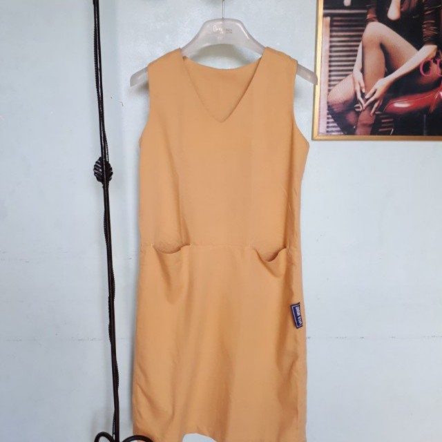 Mustard sleveless Dress