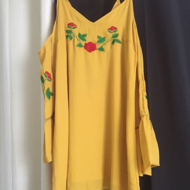 New Valleygirl Embroidered Bohemian Boho Dress Size 10