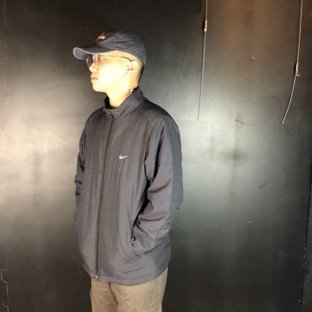 第二件*古著nike鋪棉素面黑色運動夾克/外套
