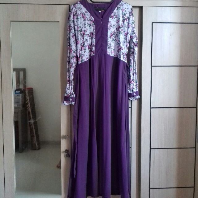 Preloved Dress Ungu Motif