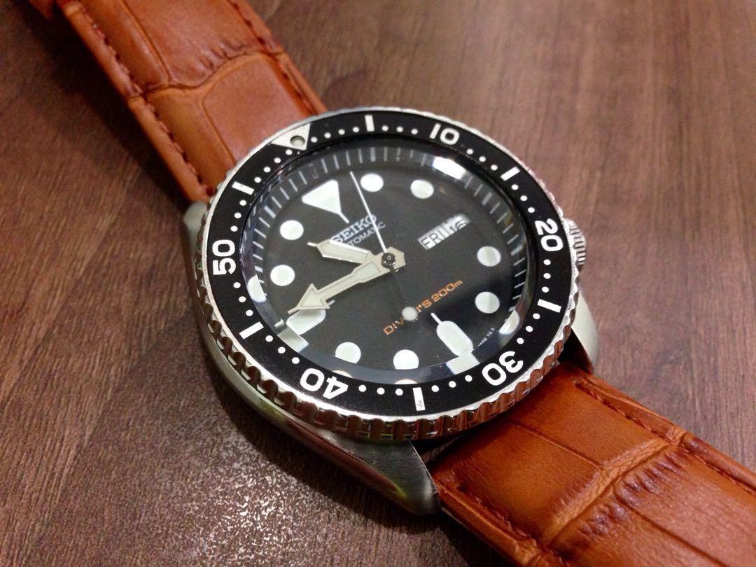 Seiko SKX007K 21 Jewels Automatic Watch