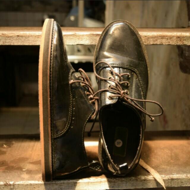 Sepatu oxford 72a6baadc7