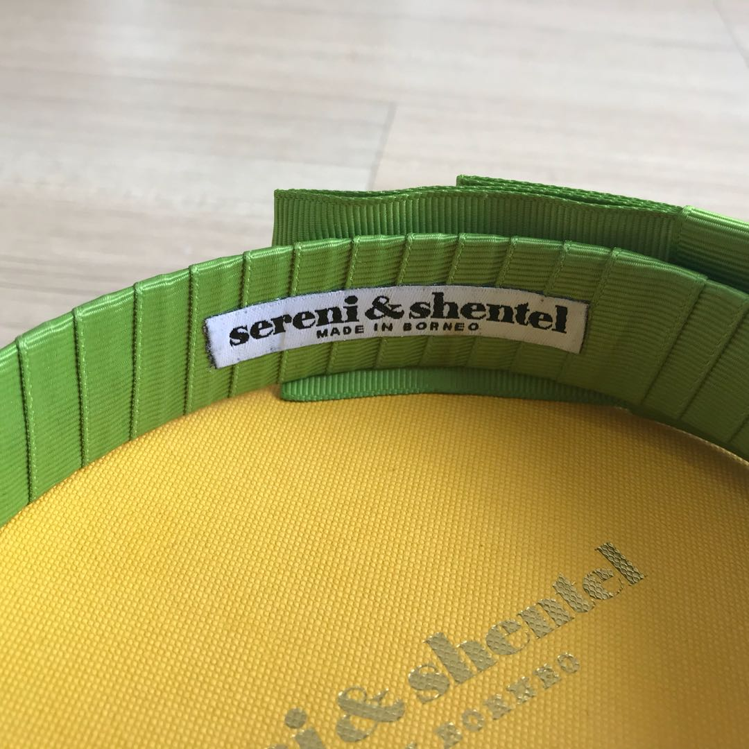 Sereni & Shentel Block Party Olive Green