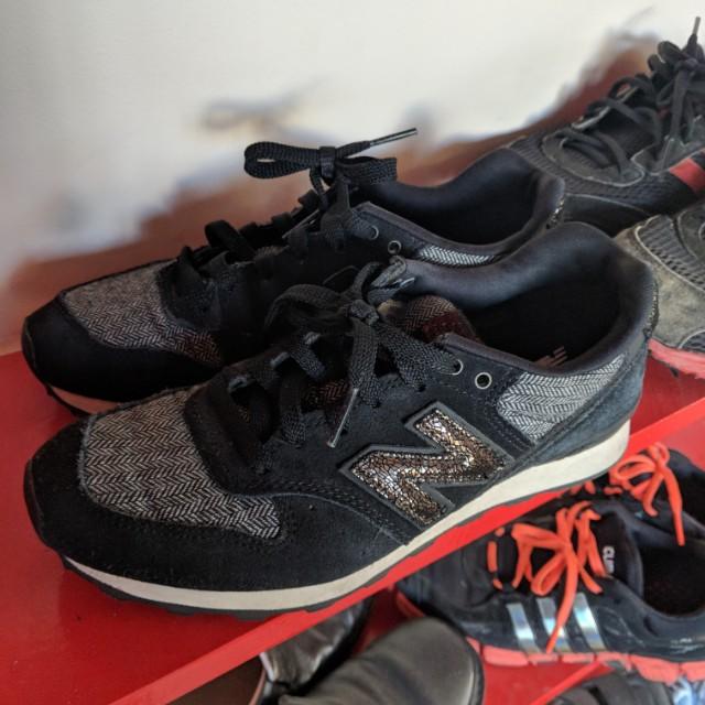 Size au new balance shoes au 6.5 to 7 ish