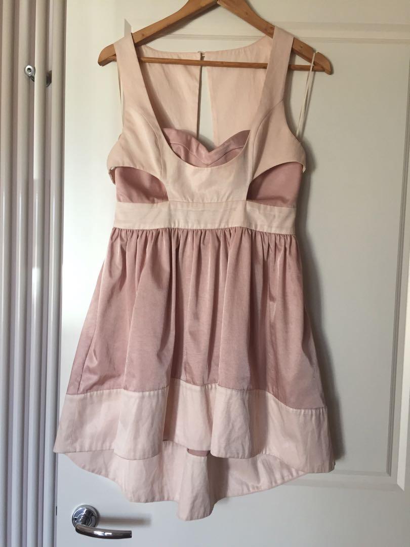 Socialight dress