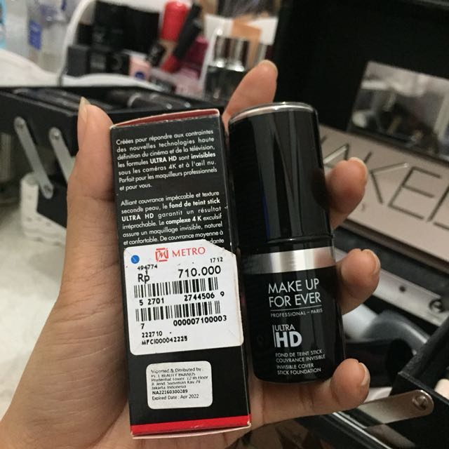 Stick foundation make up for ever ultra hd