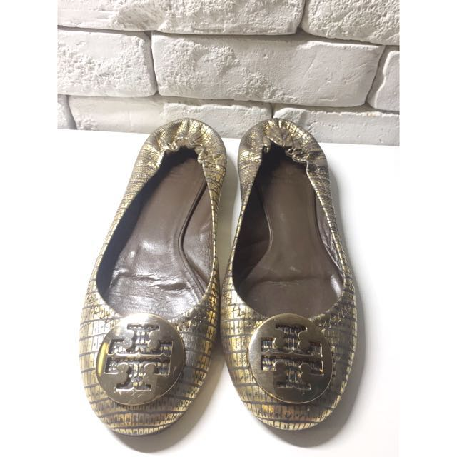 d913ff693 ... coupon code tory burch reva snakeskin metallic leather ballet flats  womens fashion shoes on carousell d13e8