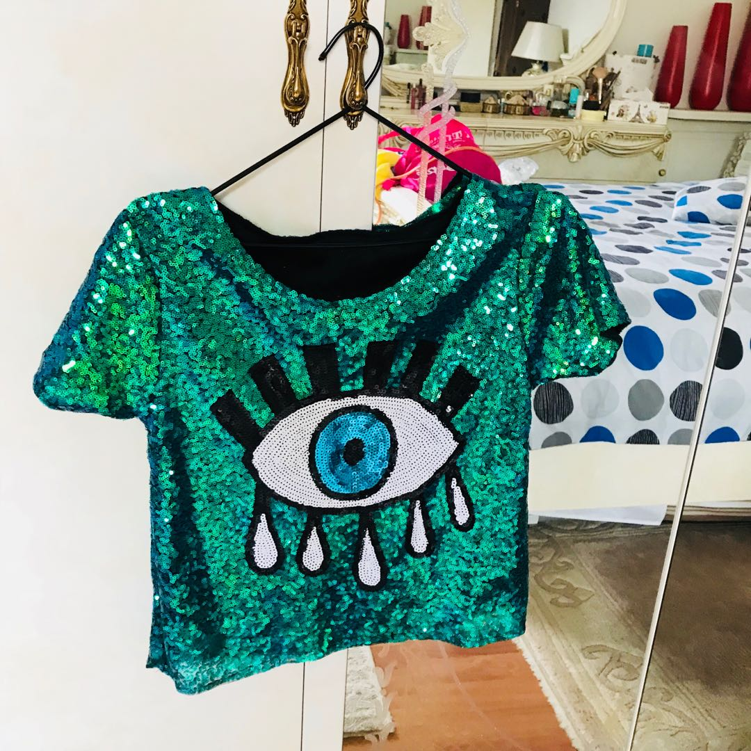 Womens Sequins green top eyes size 8-10