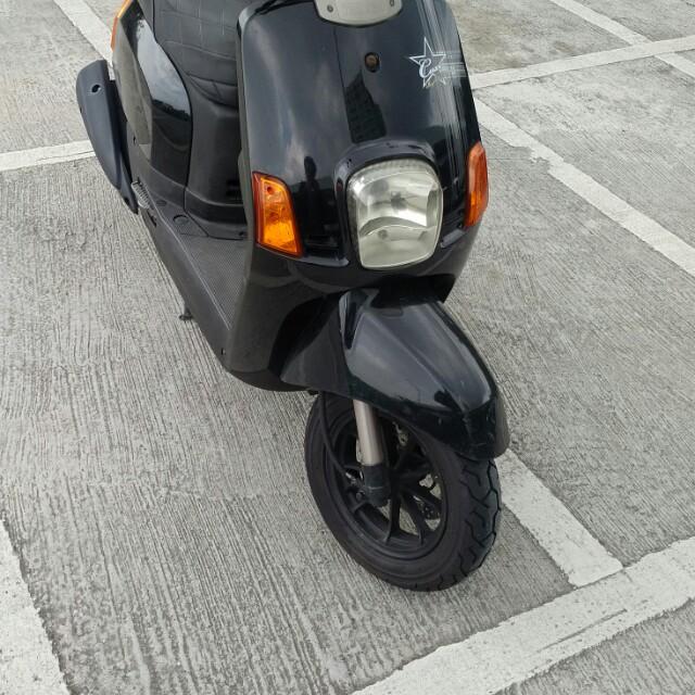 Yamaha山葉 Cuxi 100黑色