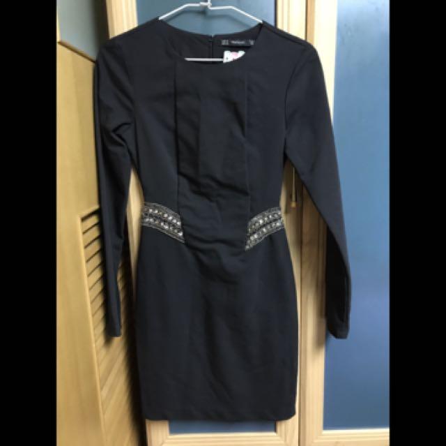 Zara黑色腰間寶石裝飾洋裝