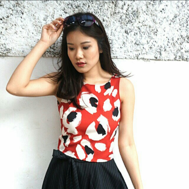 ZARA RED CROPTOP