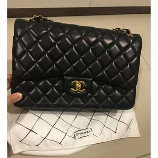 chanel classic jumbo flap gold
