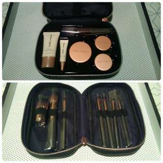 Brand new Nude By Nature complexion kit & full set of brushes.