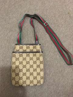 Gucci經典款細袋