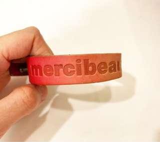 mercibeaucoup, Logo 牛皮手帶