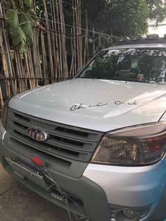 Ford Everest 2013 (Limited Edition)