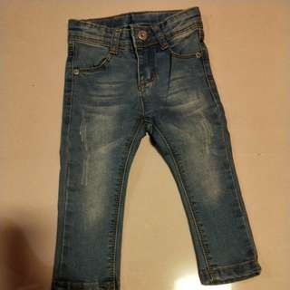 Baby girl jeans 6m