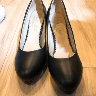 搬家出清-大尺碼黑色高跟鞋👠