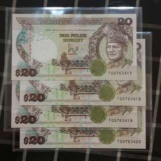 4 x Malaysia $20 Running number  UNC