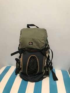 Lower alpine backpack