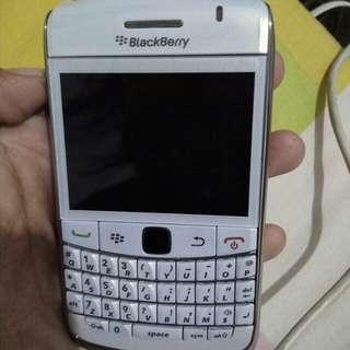 blavkberry onix 9700