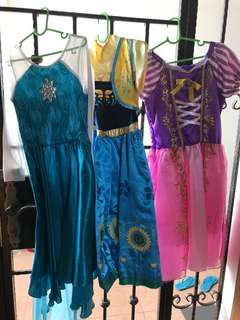 Only left Elsa - Princess dresses for 3 to 4 year old