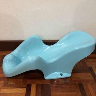 Baby Bath Tub - anti slip holder