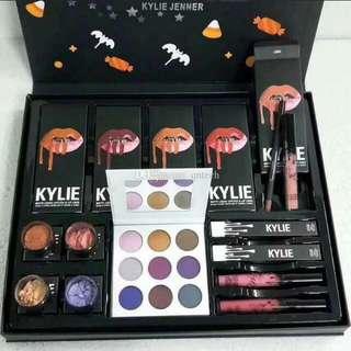 Kylie Makeup Set