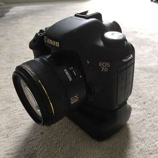 CANON EOS 7D BUNDLE (NAME ME A PRICE!)