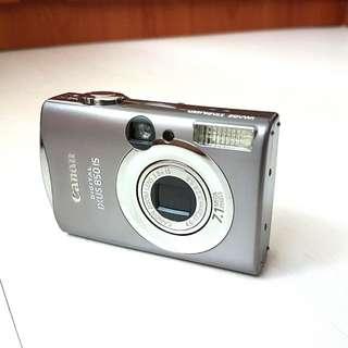 Canon IXUS 850 IS Compact Digital Camera \portable\travel