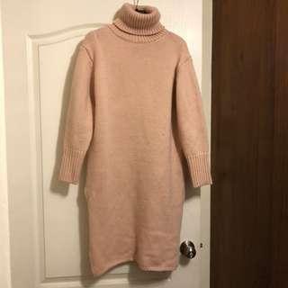 粉紅針織高領長上衣